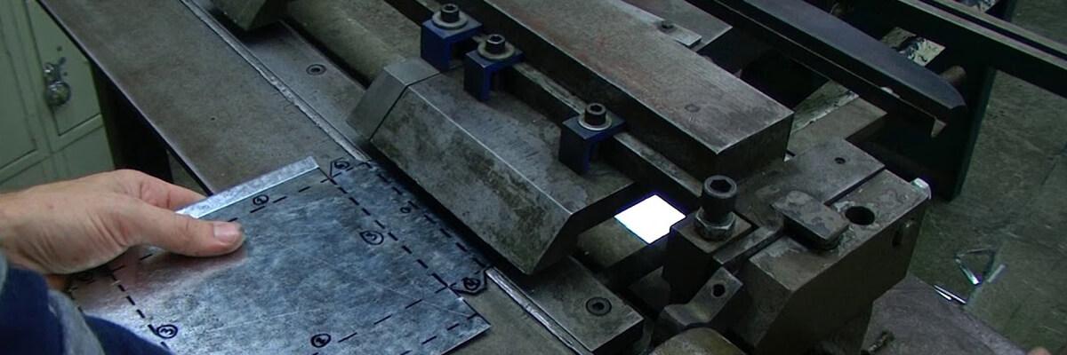 oem-sheet-metal-parts-manufacturer-detail-03